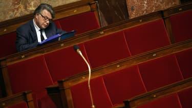 Gilbert Collard, député FN reconduit, dans les bancs de l'Assemblée national le 24 juin 2015.