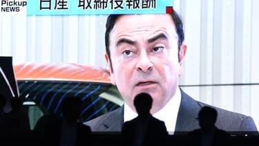 Le patron du constructeur franco-japonnais, Carlos Ghosn, sur la télévision japonaise