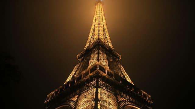 La Tour Eiffel sera illuminée ce mardi soir aux couleurs de la Belgique - Mardi 22 mars 2016