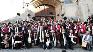 Les jeunes diplômés retrouvent une certaine forme d'optimisme quant à leur avenir professionnel en France