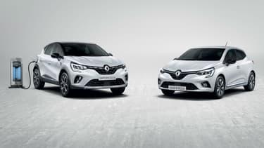 """Le Captur hybride rechargeable et la Clio hybride """"classique""""."""
