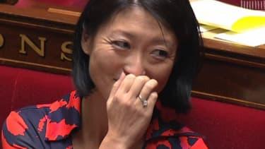 Fleur Pellerin a été prise d'un gros fou rire avec Bernard Cazeneuve mercredi lors des questions au gouvernement.
