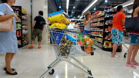 Les dépenses de consommation des Français sont restées stables entre 2005 et 2011, selon l'Insee.