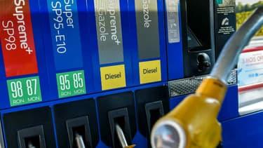Les prix des carburants routiers vendus dans les stations-service françaises ont nettement baissé la semaine dernière.