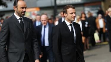 Edouard Philippe et Emmanuel Macron à Saint-Etienne-du-Rouvray le 26 juillet 2017. -