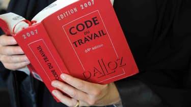 Le code du travail pèse trop lourd pour Manuel Valls