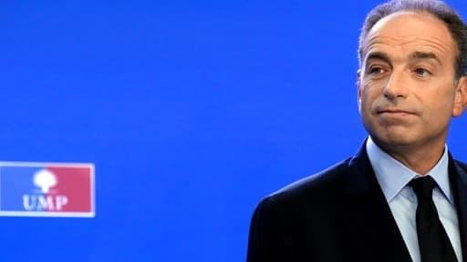 """""""Les socialistes ont toujours détesté la politique familiale"""", estime le président de l'UMP.,"""