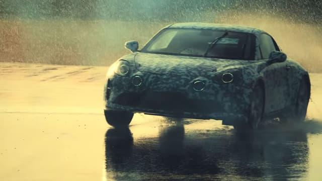 Un des modèles camouflés vus dans un clip de promotion de la nouvelle Alpine