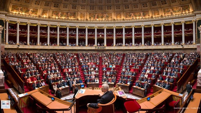 """l'Assemblée adopte le statut de """"Mort pour le service de la République"""""""
