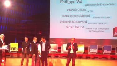 Jean-Luc Hees, Didier Varrod, Frédéric Mitterrand, Patrick Cohen et Philippe Val fin août lors de la conférence de rentrée de France Inter