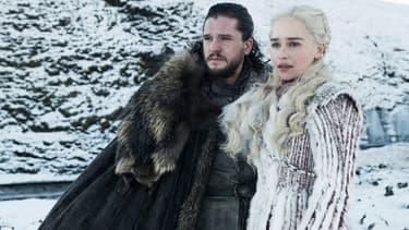 Kit Harrington et Emilia Clarke dans Game of Thrones