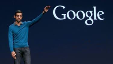 Sundar Pichai, CEO d'Alphabet (maison-mère de Google) a demandé à une centaine d'ingénieurs étrangers de rentrer d'urgence aux Etats-Unis.