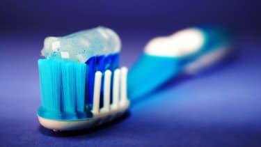 Depuis le 1er janvier 2018, la vente des produits cosmétiques et d'hygiène contenant es microbilles de plastique est interdite. (image d'illustration).
