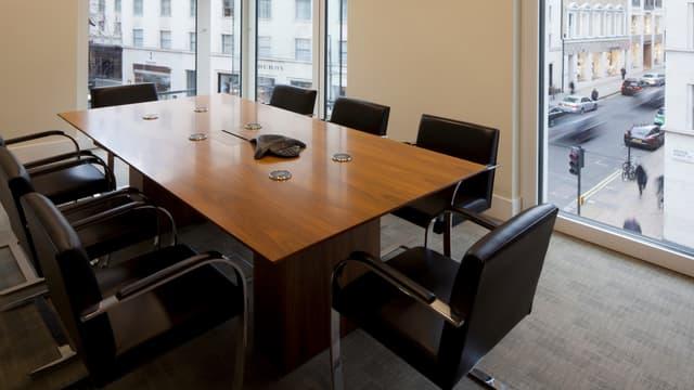 Les cadres ont une durée de concentration limitée en réunion.