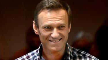 L'opposant russe Alexeï Navalny le 20 février 2021 devant un tribunal de Moscou (photo d'illustration)