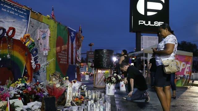 Les hommages aux victimes du Pulse, à Orlando, en 2017, un an après la tuerie.