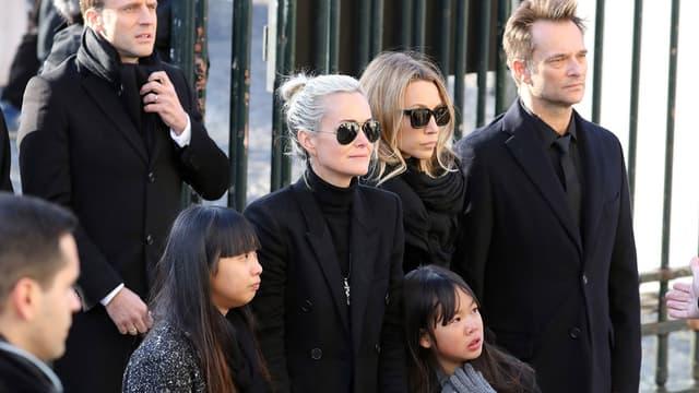 Laeticia Hallyday, Jade, Joy, Laura et David, ensemble lors de l'hommage rendu à Johnny Hallyday à Paris le 9 décembre dernier