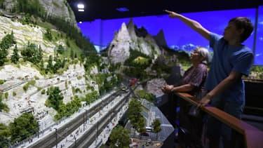 Le premier parc Mini World a ouvert en 2016, à Vaux-en-Velin.