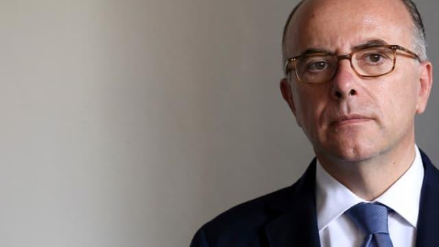 """Bernard Cazeneuve affirme qu'il ne tolérera """"aucun écart"""" de la part des policiers - Vendredi 25 mars 2016"""