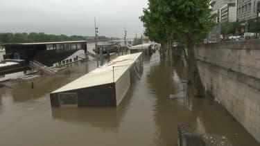Le pic de la crue à Paris est prévu pour intervenir durant la nuit de vendredi à samedi.