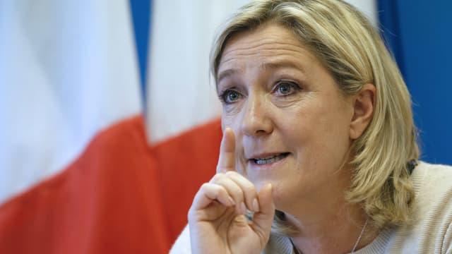"""Marine Le Pen juge qu'il """"n'y a plus d'union nationale""""."""