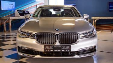 Cette BMW est dotée d'une vision signée MobilEye et d'une intelligence créée par Intel - Intel Corporation