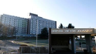 Le déficit des hôpitaux publics à atteint 890 millions d'euros en 2017.