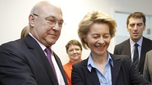 """Michel Sapin et son homologue Ursula Von der Leyen vont évoquer le """"new deal"""" franco allemand dans le cadre de leur rencontre, ce mardi 28 mai à Paris."""