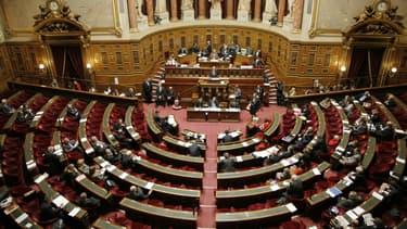 Le projet de loi du Sénat a été adopté à une très large amjorité
