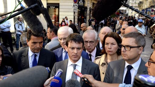 La ministre de l'Intérieur, Manuel Valls, s'est exprimé sur les lieux de l'agression.