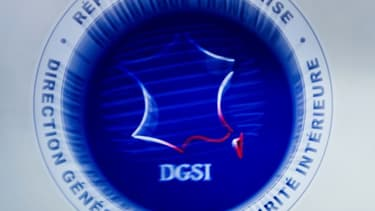 Ecusson de la DGSI.