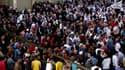 Manifestation à Banias, ville portuaire de l'ouest de la Syrie. Au lendemain d'un discours du président Bachar al Assad promettant la levée imminente de l'état d'urgence en vigueur depuis 48 ans dans le pays, des milliers de Syriens ont continué dimanche