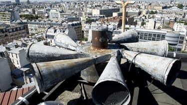 Objectif : remplacer le bon veux réseau de sirènes installés notamment sur les toits des mairies