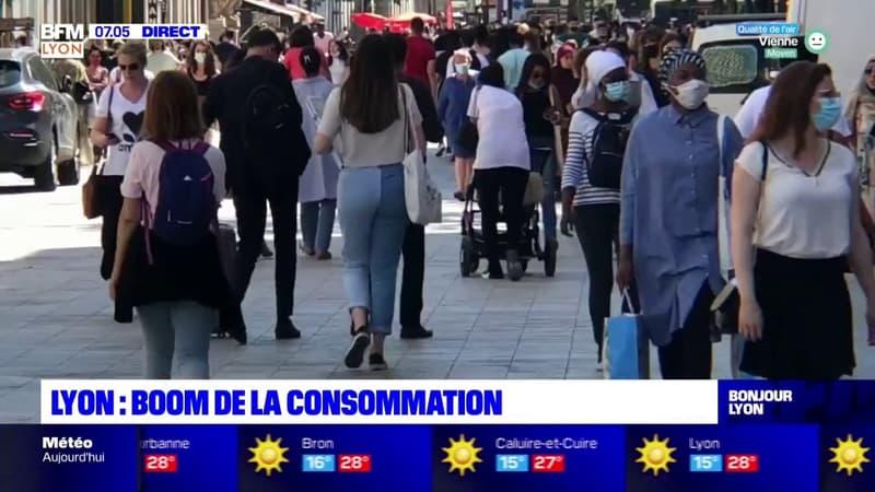 Lyon: les magasins font le plein depuis leur réouverture