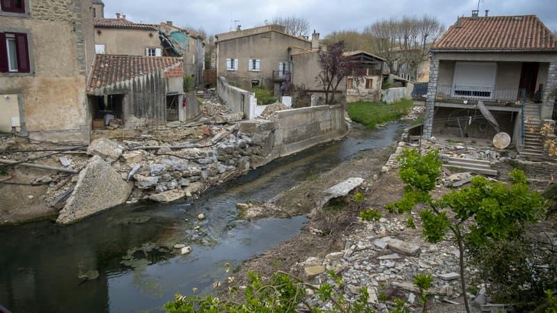 Dans l'Aude, le village de Villegailhenc reste à reconstruire, deux ans après les inondations