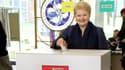 La présidente lituanienne Dalia Grybauskaite vote à Vilnius le 11 mai 2014.