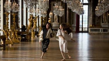 La première saison de la série a été tournée quelques jours à Versailles