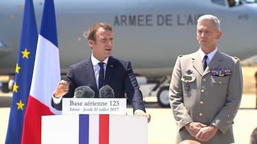 Emmanuel Macron compte faire passer le budget de la Défense à 2% du PIB d'ici à 2025.