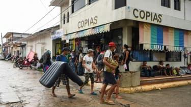 Des migrants honduriens arrivés à Mapastepec (sud du Mexique), le 24 octobre 2018.