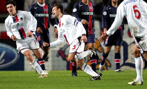 Le soir de son fameux triplé face au PSG au Parc des Princes avec le CSKA Moscou, le 7 décembre 2004