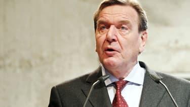 Gerhard Schröder a été le chancelier de l'Allemagne de 1998 à 2005