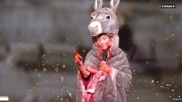 Corinne Masiero sur la scène des César le 12 mars 2021.