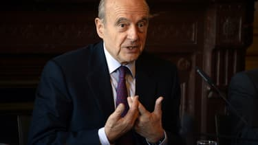 Alain Juppé, maire de Bordeaux et candidat à la primaire à droite en vue de 2017