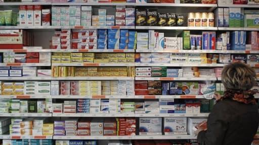 En permettant de vendre des médicaments hors des pharmacies, l'inspection générale des Finances table sur une baisse des prix.
