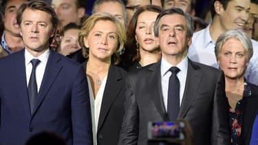 François Baroin (d), Valérie Pécresse, François et Penelope Fillon.