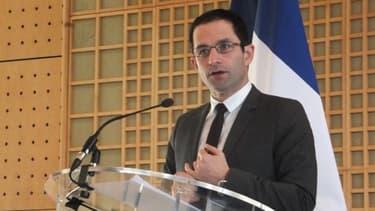 Benoît Hamon, le ministre délégué à la Consommation, lors de la présentation du bilan annuel de la DGCCRF, le 11 février.