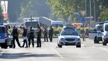 Les forces de police déployées après une fusillade à Constance, en Allemagne
