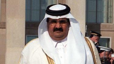 L'emir du Qatar, reçu en janvier par le Premier ministre britannique David Cameron, accueille ces jours-ci le Prince Charles et son épouse Camilla.