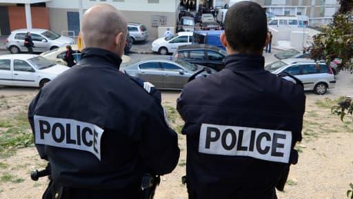 160 Roms essentiellement des femmes, des enfants et des personnes âgées, ont été évacués mardi soir d'un hôpital désaffecté à Corbeil-Essonnes