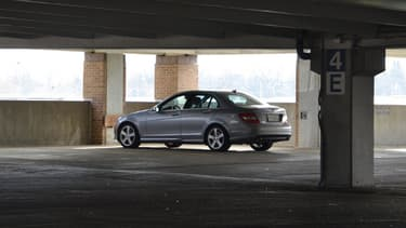L'association demande aux sénateurs de se pencher sur les tarifs des parkings.